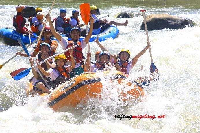 Paket Rafting Yogyakarta