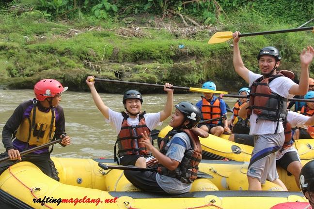 Tiket Arung Jeram Rafting Sungai Elo Magelang