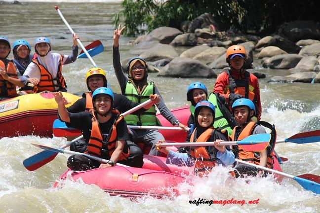 Rafting Jogja Sungai Elo